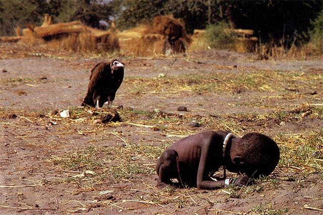 Kevin-Carter-abutre